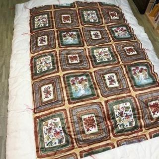 高級綿入り布団セット、枕付き