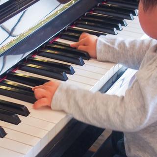 【出張音楽スクール】ピアノレッスン生徒募集中♪