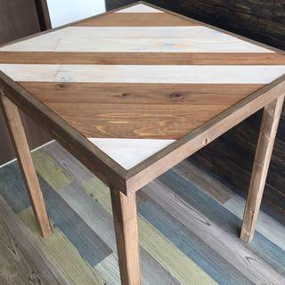 アンティーク調テーブル