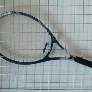 硬式テニスラケット ケース・ボールつき