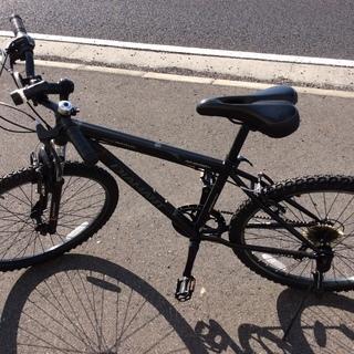 黒色 マウンテンバイク中古 整備済美品