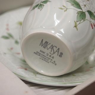 5セット 新品 未使用 箱入り 日本製 mikasa ミカサ 花柄 コーヒーカップ&ソーサー 電子レンジOK - 生活雑貨