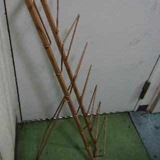 パンフレットスタンド(折り畳み式)