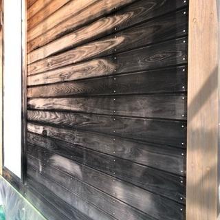 傷んだ木部、鉄部綺麗に削り塗装します。
