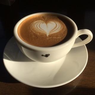 cafe Jorroのアルバイト募集です。