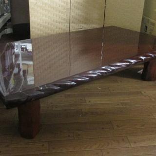 ○ ずっしりとした 木製 一枚板 座卓 テーブル 光沢加工 136...