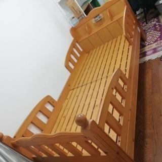 【現在取引中】木製ベッド 解体済み