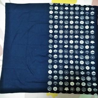 ★美品!!88㎝四方・さまざまな家紋風の花柄デザイン・紺色の風呂敷★