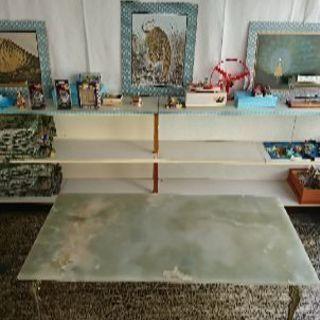オニキス(オニックス)のテーブル