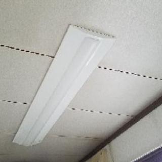 蛍光灯をお得な価格でLEDに交換できます。