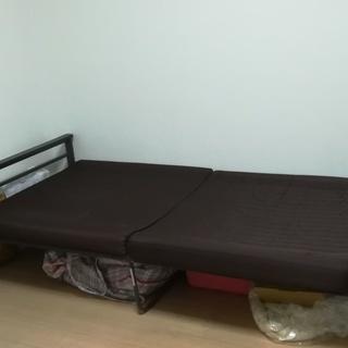 ソファ兼ベッド!