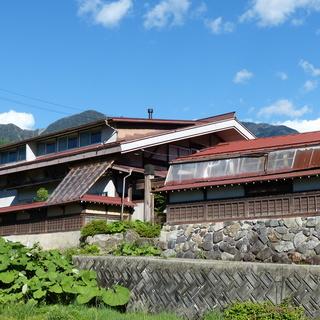 山と暮らす-標高1000mシェアハウス「旅情庵」-長野県にある木曽...