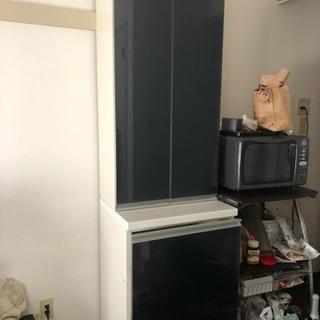 食器棚スライド式収納