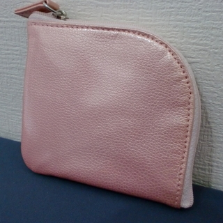 ピンク色の新品未使用 ミニ財布