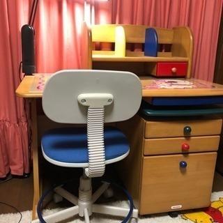 ミキハウス MIKIHOUSE 学習机、椅子、デスクライト セット