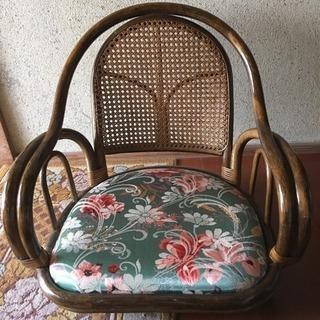 【週末お値引】これからの季節に〜籐ラタン回転座椅子ロータイプ イン...