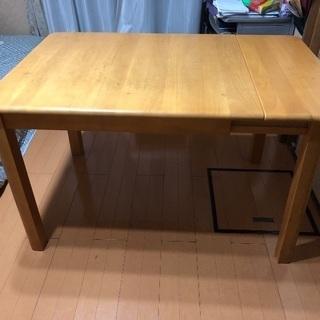 長さが変えられるダイニングテーブル&イス1脚 差し上げます