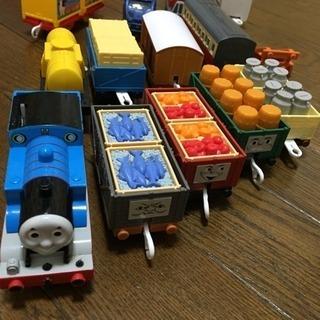 プラレール トーマスのいっぱい貨車セット