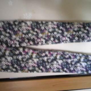 小花模様のパンツ