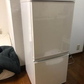 冷蔵庫(シャープ、2016年制)お売りします。