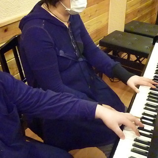 【ソロ・ピアノが弾きたい!初心者&やり直し大人ピアノ・レッスン♪...