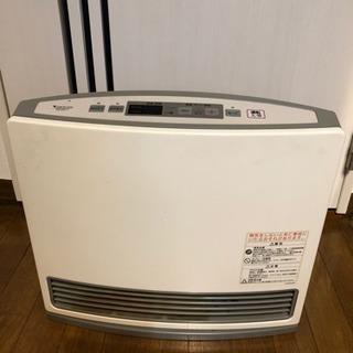 ガスファンヒーターとガスコード5m 【取引終了】の画像