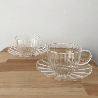 ★新品★ ガラス製 素敵なカップ&ソーサー ペアセット 食器 軽...