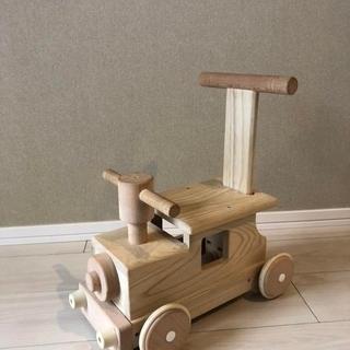 MOCCOの森 森の汽車ポッポ 汽車 手押し 乗用玩具 平和工業 ...