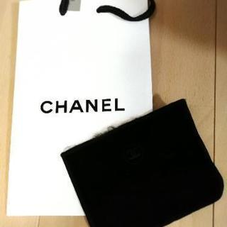 シャネルのファンデーションケースカバ 正規店の袋のセット