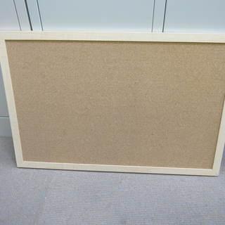 コルクボード W590 H390