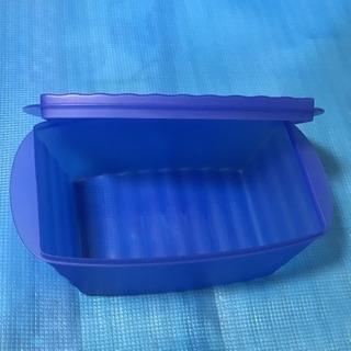 タッパーウェア  容器  ブルー