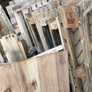 木パレット、大きさ色々(薪木・物流・DIY・木材) 東京