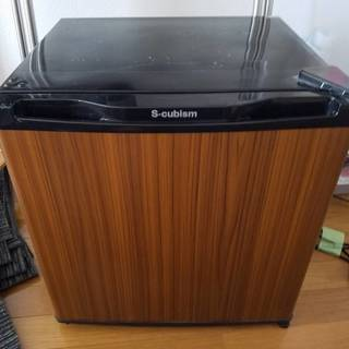 【中古美品】1ドア冷蔵庫 46L WR-1046SL