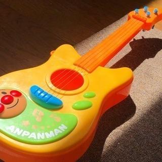 ギター アンパンマンモデル やなせたかしデザイン