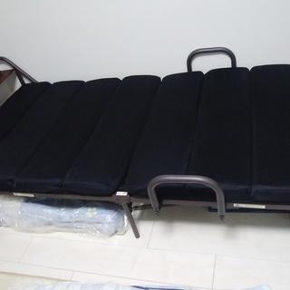 折り畳みベッド、電動リクライニング、宮付き