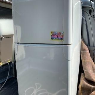 冷蔵庫と洗濯機を譲ります。