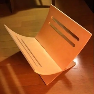 美品  IKEA 木製マガジンラック