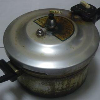 信頼の国産 北陸アルミ CO・OP 圧力鍋 4.5L コンパクト...
