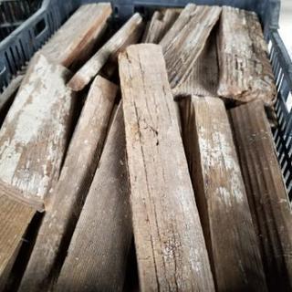 焚き火 薪 廃材 木材 (取引調整中)