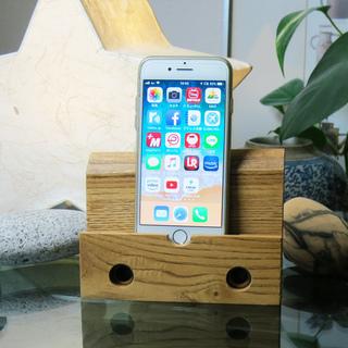 ★木製iPhoneスタンド☆ハンドクラフト☆