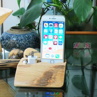 ☆木製iPhone スタンド(ケースなしから1mm厚までのケース用...