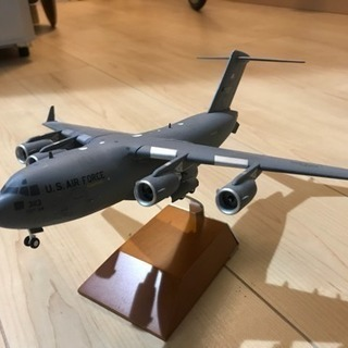 米軍輸送機/精密模型(重厚な作り)