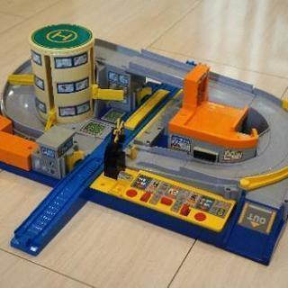 (商談成立)プラレール トミカと遊ぼう! オート踏切ステーション