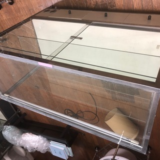 商品展示台 ガラスショーケース 中古 店舗、趣味にいかがですか?