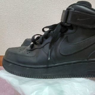 【NIKE AIR FORCE1】ナイキシューズ黒/24.5㎝【...
