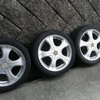 タイヤ 215/45ZR17