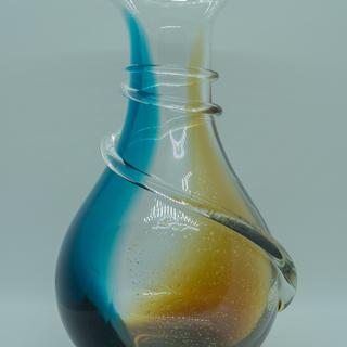 【掘り出し物】グラデーションの綺麗な花瓶