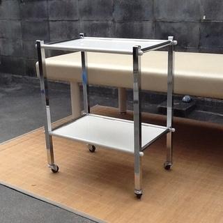 【綺麗良品・1台限り】器械卓子、ワゴン2段キャスター付 高田ベッド...