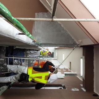 住宅・マンションの建築塗装をする塗装工の仕事 - 東海市