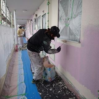 住宅・マンションの建築塗装をする塗装工の仕事 − 愛知県
